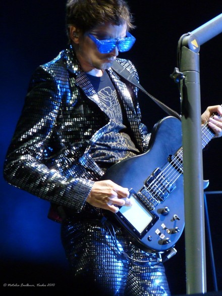 Matt Bellamy Muse Live at Voodoo Festival in New Orleans, 2010